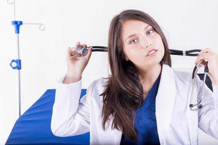 医者のお姉さん