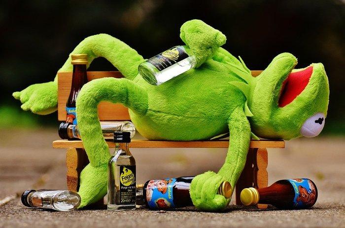 酔っぱらったカエル