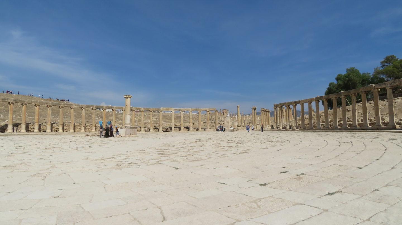 ジェラシュ遺跡の広場