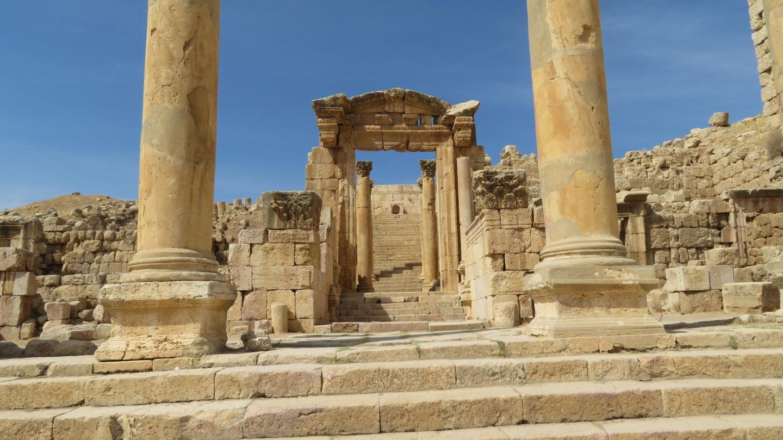 ジェラシュの教会跡地